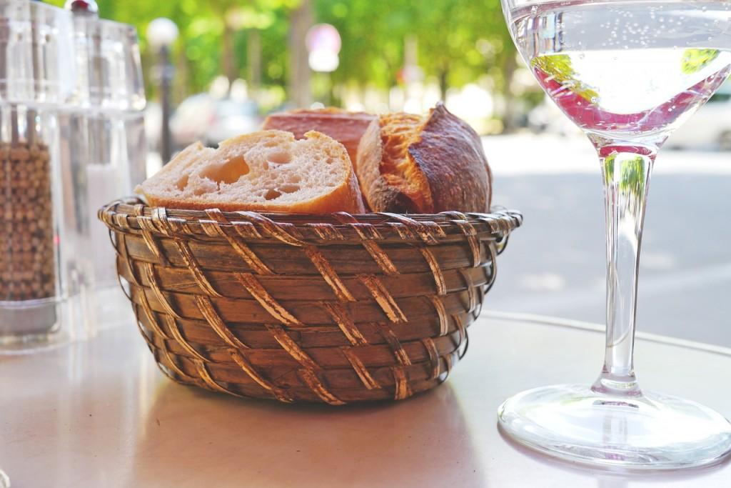 Los celiacos comen pan hecho con maíz o arroz porque son cereales sin gluten